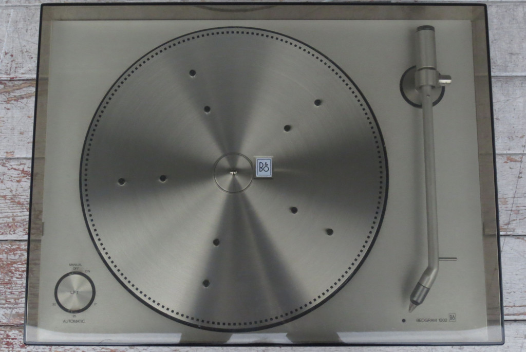 B+O Beogram 1202 Turntable