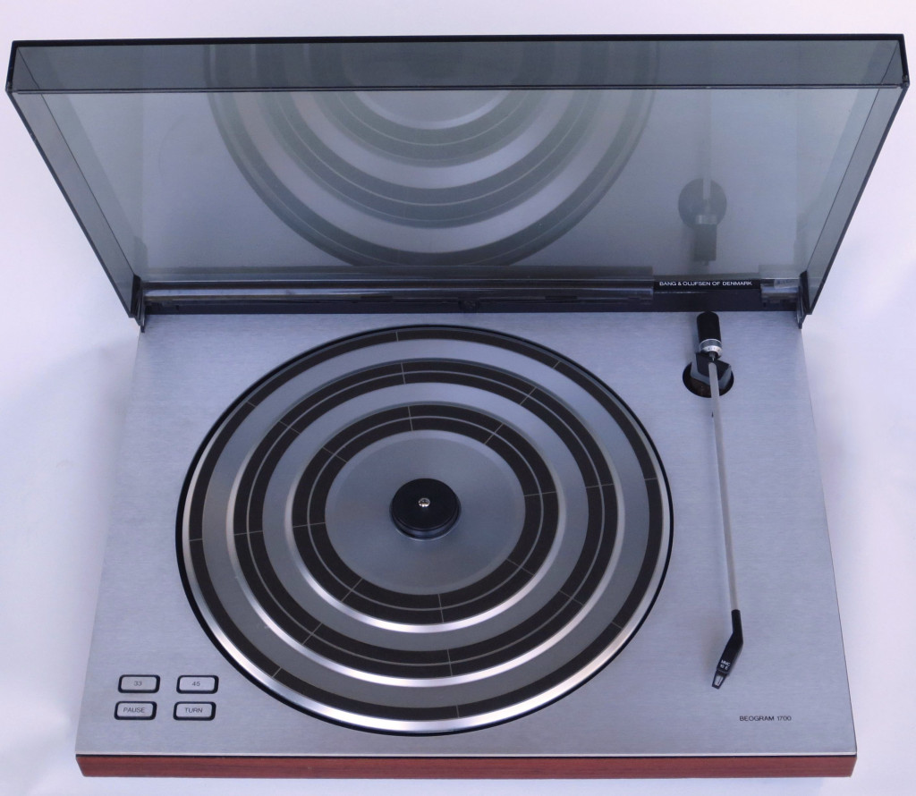 Beogram 1700 Turntable with MMC 10 E Cartridge