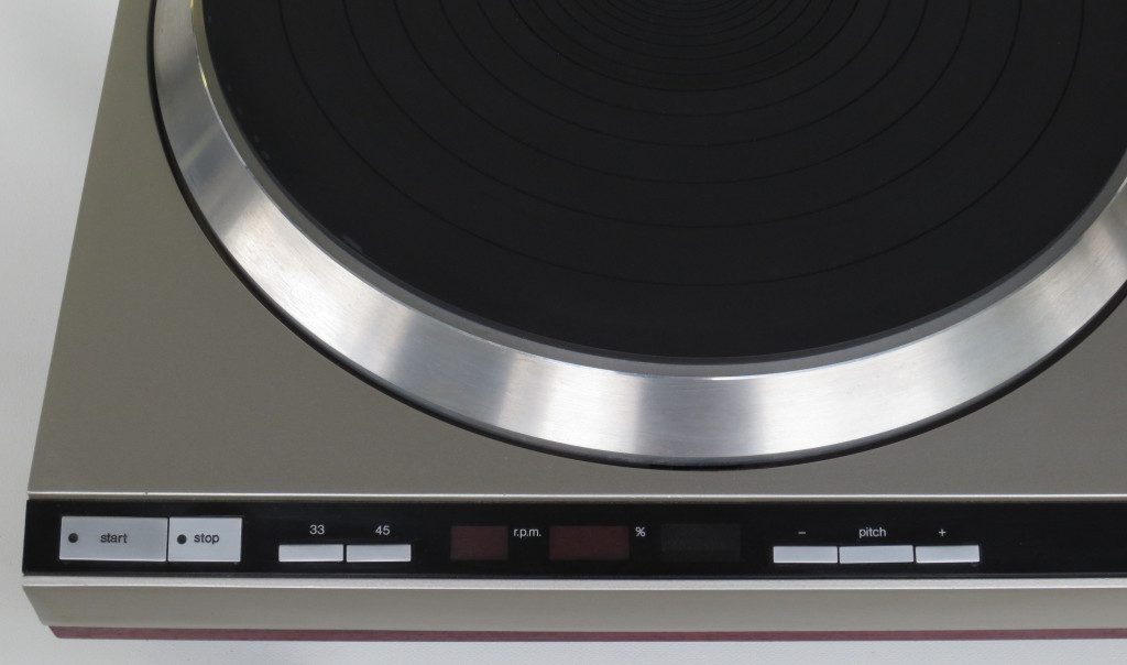 Technics SL-150MK2 Turntable Detail