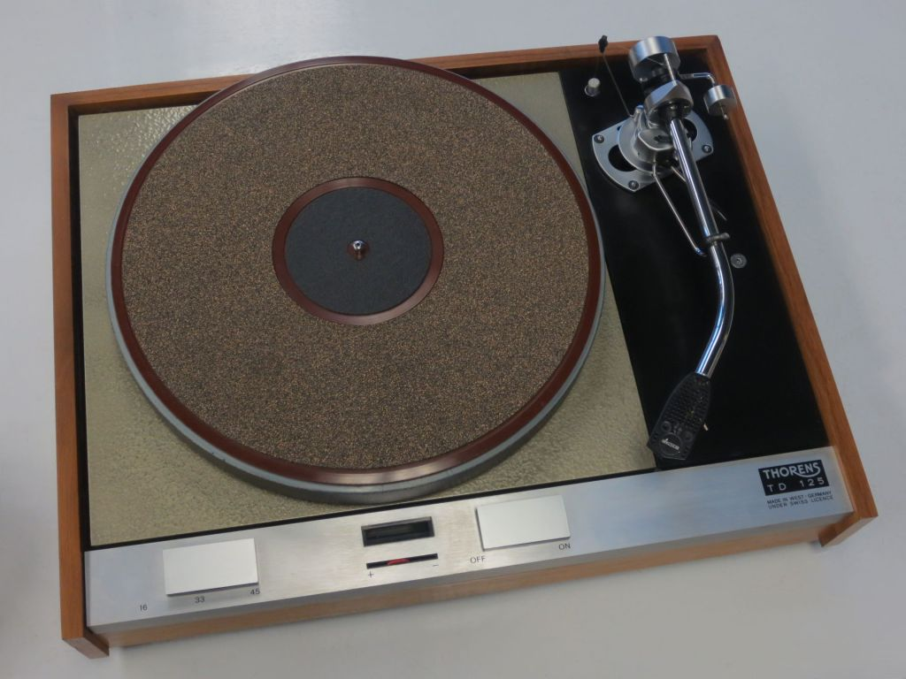 Vintage Turntable Gallery - The Turntable Shop
