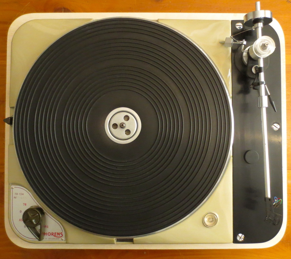 Looking down on a rebuilt 124, complete with original armboard and Formula IV Unipivot tonearm. Forty Pounds Sterling (without arm) in the early '60s......